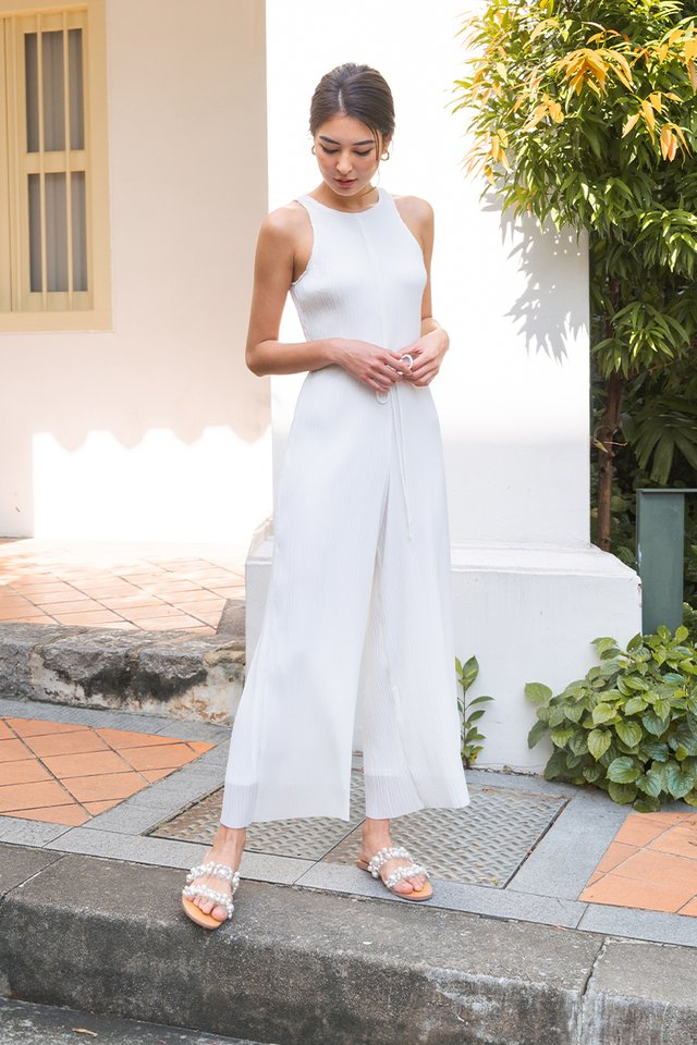 (BACKORDER) MIKAYLA PLEATED JUMPSUIT WHITE